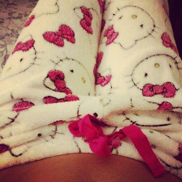 hello kitty fluffy pajamas white pink pants