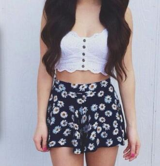 shorts floral shorts daisy daisy shorts daisyflower cute  outfits white top blueshorts helpmefindthis