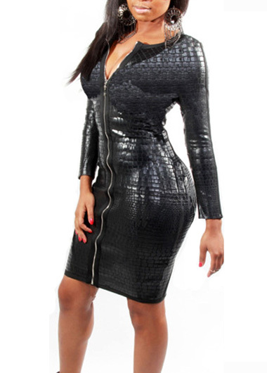 Enchanting long sleeve solid black dress with zip