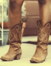 shoes,boots,western,country,brown,cowboy boots,cowgirl,cowboy,fashion,summer,brown boots,clothes,tan cowgirl boots,light brown,cowgirl boots,country style,brown leather boots,leather,cow girl boots,style,cute shoes,brown cowgirl boots tan