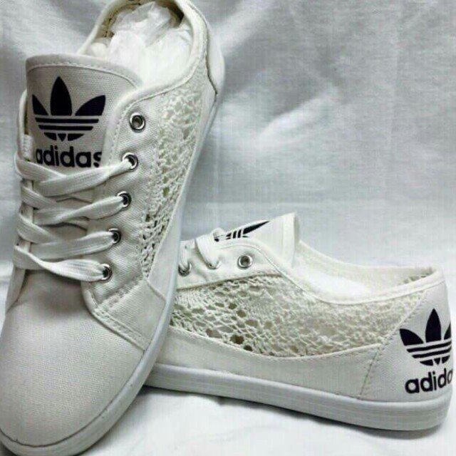 lace adidas shoes