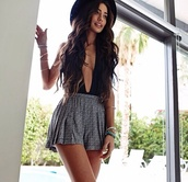 dress,cute overall,overalls,black and white,black hat,perfect outfit,skirt,shorts,blouse,flowy,shirt,top,flare,sexy,plunge neckline,boho chic,cleavage cutout,summer top,sleeveless top,polka,polka dots,and,short,jumpsuit,grey shorts,idk,cute shorts,grey,design,pattern,hat