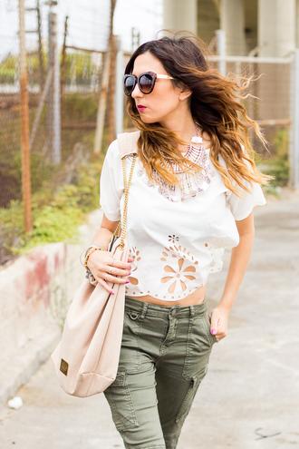 shoes and basics blogger top pants bag shoes jewels t-shirt sunglasses