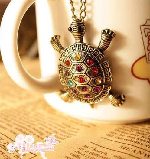 Retro multi color rhinestone cute turtle pendant necklace sweater chain