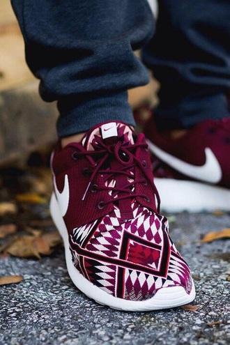 shoes nike burgundy tribal pattern aztec nike roshe run nike aztec roshe run