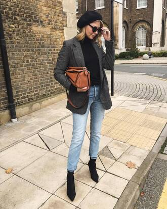 top beret tumblr black top turtleneck blazer grey blazer bag brown bag denim jeans blue jeans boots black boots