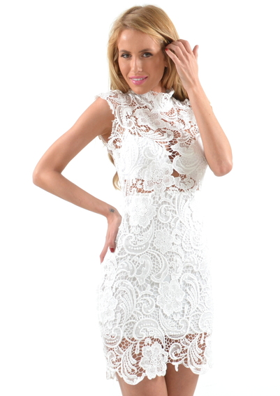 A tiffany white lace dress