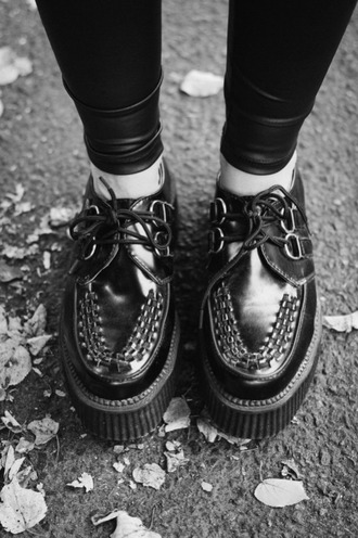 shoes black black shoes creepers black creepers