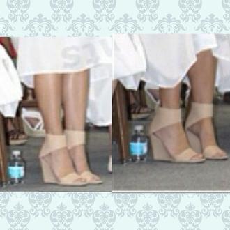 shoes beige shoes chaussures chaussures à talons