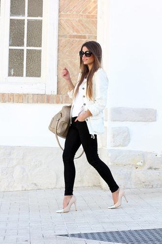 seams for a desire t-shirt jeans shoes bag coat sunglasses