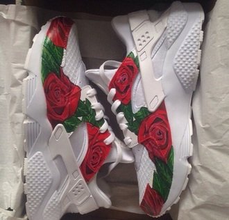 shoes nike huarache roses white