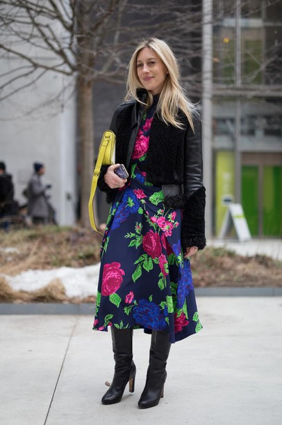 Dress Nyfw 2017 Fashion Week 2017 Fashion Week Streetstyle Midi Dress Floral Floral Dress