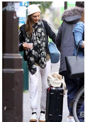 scarf cara delevingne beanie sweatpants