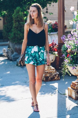 prosecco and plaid blogger shorts tank top bag shoes jewels