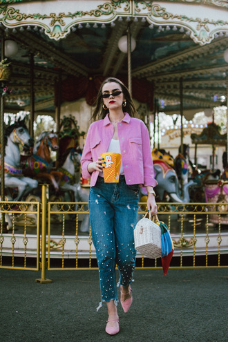 jacket micro sunglasses denim pink jacket white top white bag straw bag pink shoes jeans cropped jeans cropped jacket sunglasses