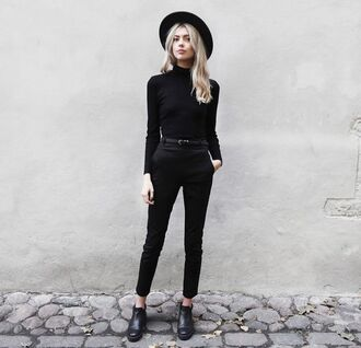 top all black everything all black  outfit turtleneck black top pants black pants long sleeves boots ankle boots black boots hat black hat fall outfits