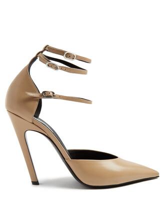 triple pumps leather nude shoes