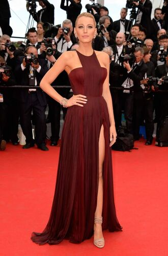 blake lively cannes red dress evening dress elegant red carpet dress gucci prom dress sexy dress shoes dress lively bordeaux rood serena van der woodsen red celebrity style blake