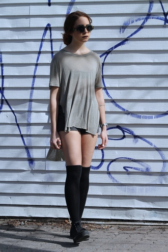 babes in velvet blogger shorts grey t-shirt oversized t-shirt t-shirt dress