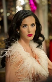 cape,coat,katy perry,make-up