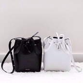 bag,black,leather bag,designer,white,white bag,bucket bag,fashion,michael kors