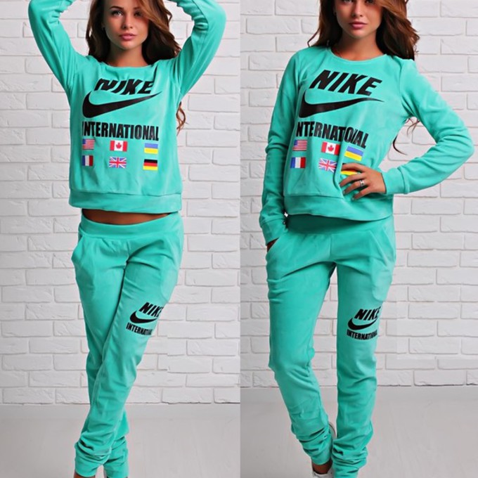 The gallery for --u0026gt; Nike Sweat Suits For Women
