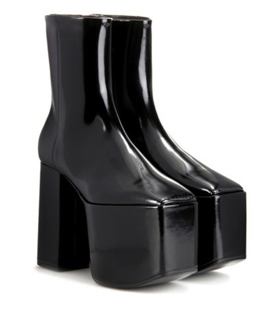 Balenciaga Leather Platform Ankle Boots in black