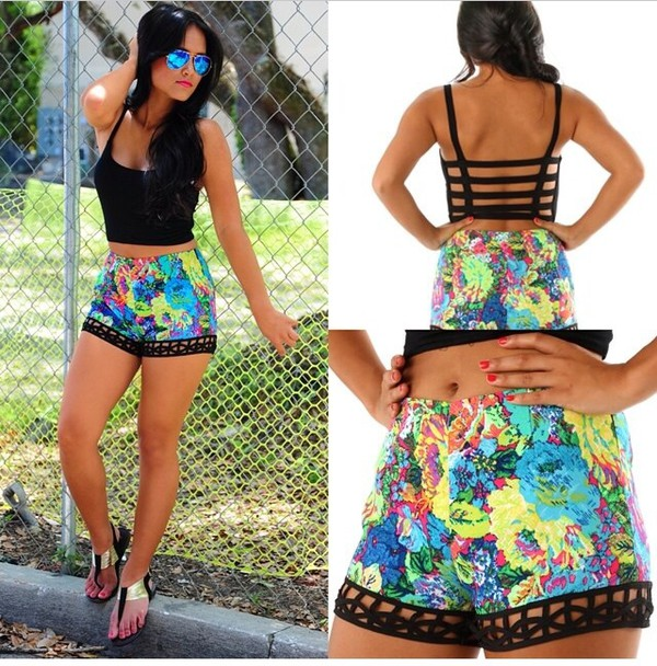 flowered shorts floral print shorts shorts black crop top crop tops colorful fashion summer shorts
