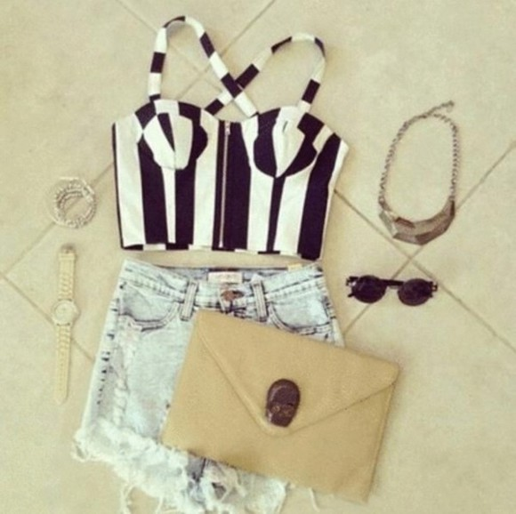 beige white black bag corset tank top cut off shorts stripes skull clutch sunglasses