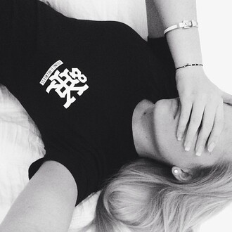 shirt alli simpson t-shirt black young reckless jewels