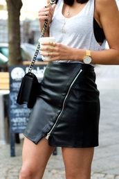 shirt,black zipper skirt,black,skirt,purse,gold watch,gold ring,gold necklace,jewels,leather skirt,zip,black leather skirt,blackskirt,zipped skirt,knuckle ring,zips,black skirt,leather,fashion,perfect,style,zip-up skirt,tank top,white top,shoulder bag,black bag,watch