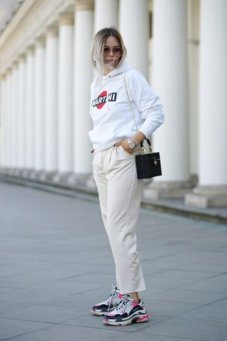 blouse hoodie martini pants shoes nike sweater sweatshirt sneakers sunglasses bag
