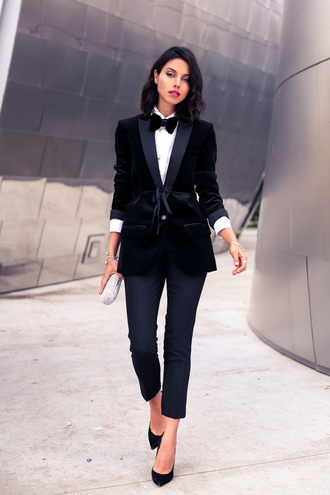 viva luxury blogger cropped pants classy bowtie velvet blazer white shirt boyish jewels jacket pants bag shoes