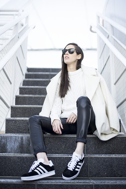 melissa araujo blogger coat sweater pants bag jewels