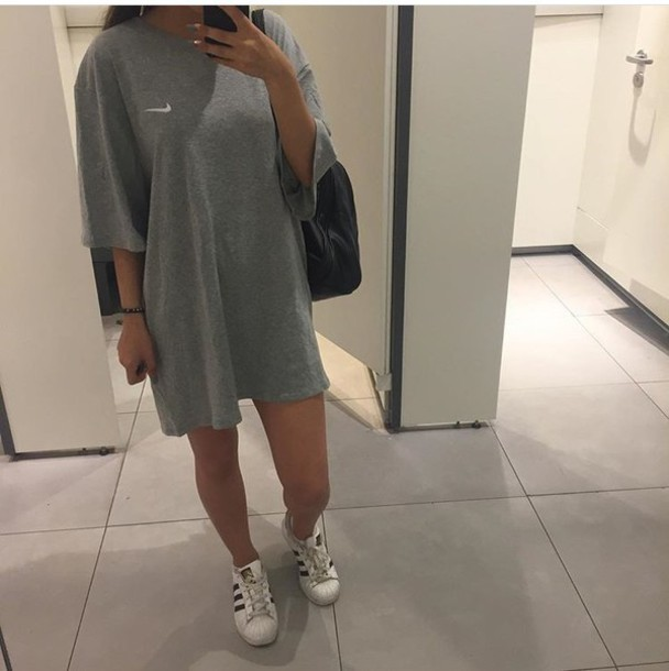 bc4d42b9c07e t-shirt, nike, oversized, grey, t-shirt dress - Wheretoget