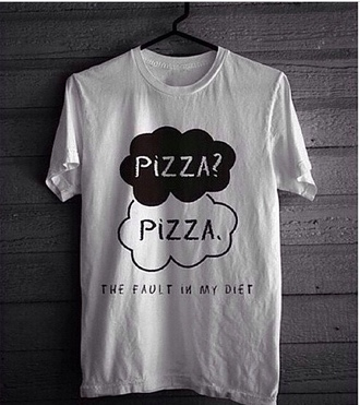 t-shirt shirt white t-shirt pizza the fault in our stars pizza ? pizza. women femme nos ?toile contraires the faul in our stars clothes black white colour:white and black fabric:cotton coat hat fault diet