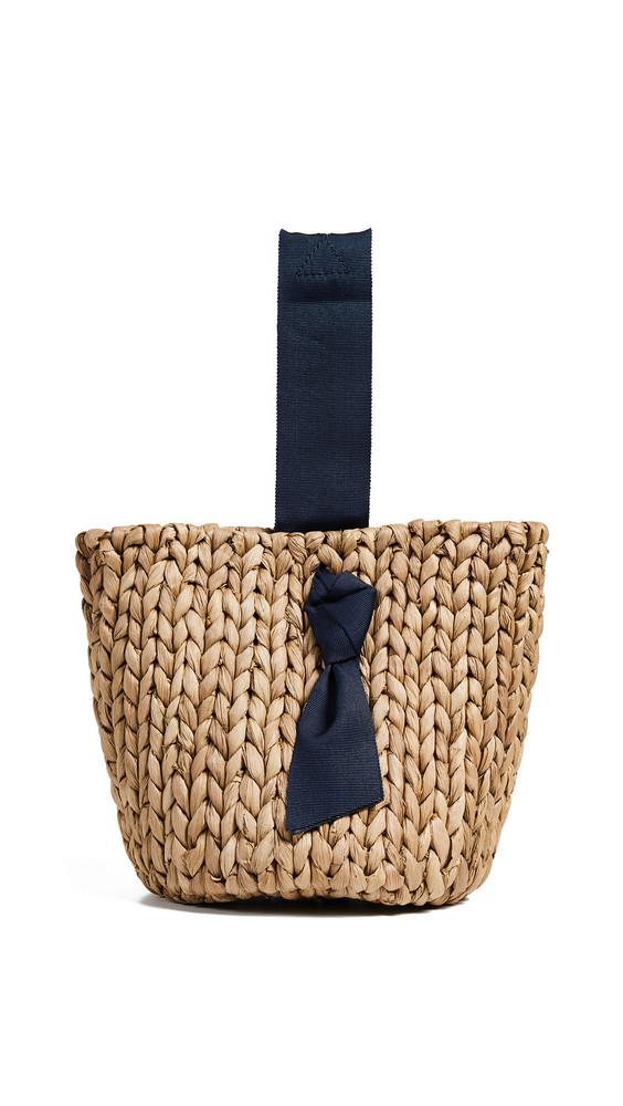 PAMELA MUNSON Isla Bahia Petite Basket Bag in navy / natural
