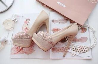 shoes high heels stilettos pink vintage light pastel pretty cute