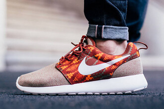 shoes nike sneakers aztec jeans nike roshe run fall outfits swag dope nude tan fitness