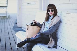 kapuczina blogger coat leather leggings tote bag blue shirt
