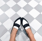 loafers black,black and white,white,black,flats,fashion,loafers,boyish,french girl style