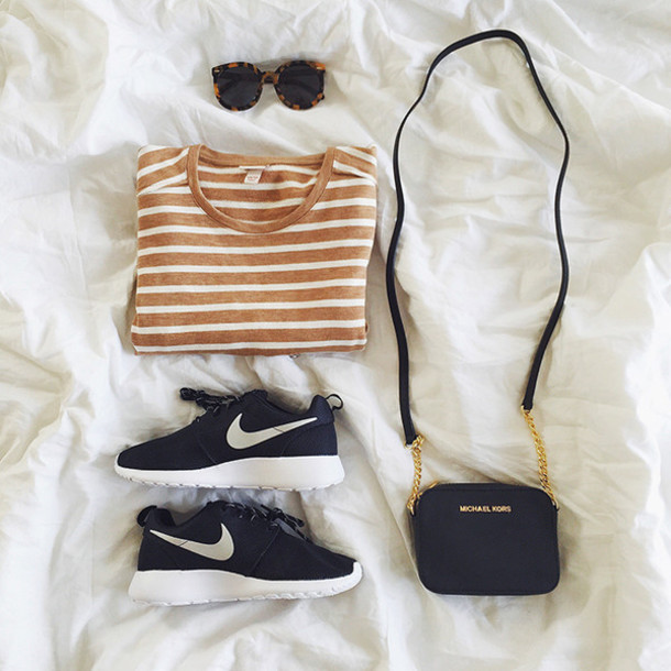 hello fashion blogger stripes nike sneakers