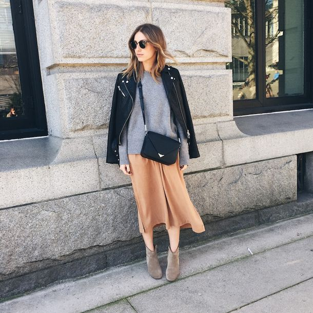 the august diaries blogger skirt jacket sweater shoes bag sunglasses