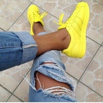 shoes yellow adidas adidas superstars adidas shoes ripped jeans