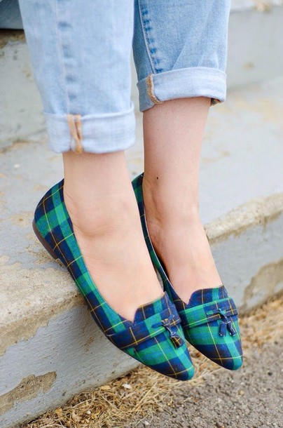 shoes blue green pointy toe flats tassles loafers