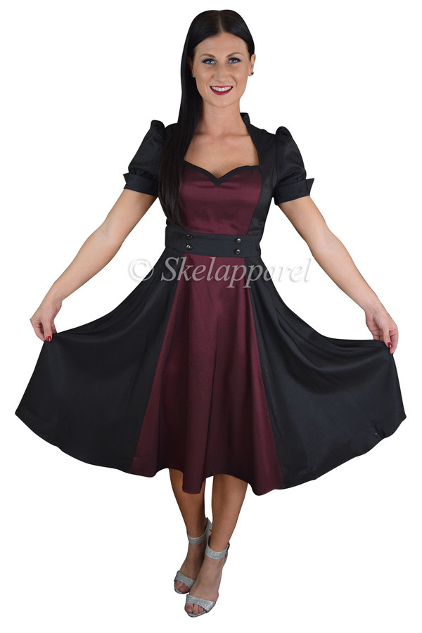 7d9fb8576171 Plus Size Vintage 60's Queen of Hearts Two Tone Black and Burgundy ...