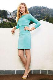 dress,blue dress,long sleeves,bodycon dress,turquoise,nude heels,chloe grace moretz