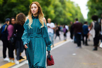 dress fashion week street style fashion week 2016 fashion week milan fashion week 2016 striped dress cut out shoulder cut-out dress long sleeves long sleeve dress stripes bag red bag streetstyle