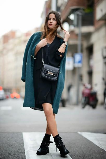 fashion vibe coat shoes dress bag jewels sunglasses