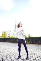 vasilieva,blogger,tights,sunglasses,leather skirt,knitwear